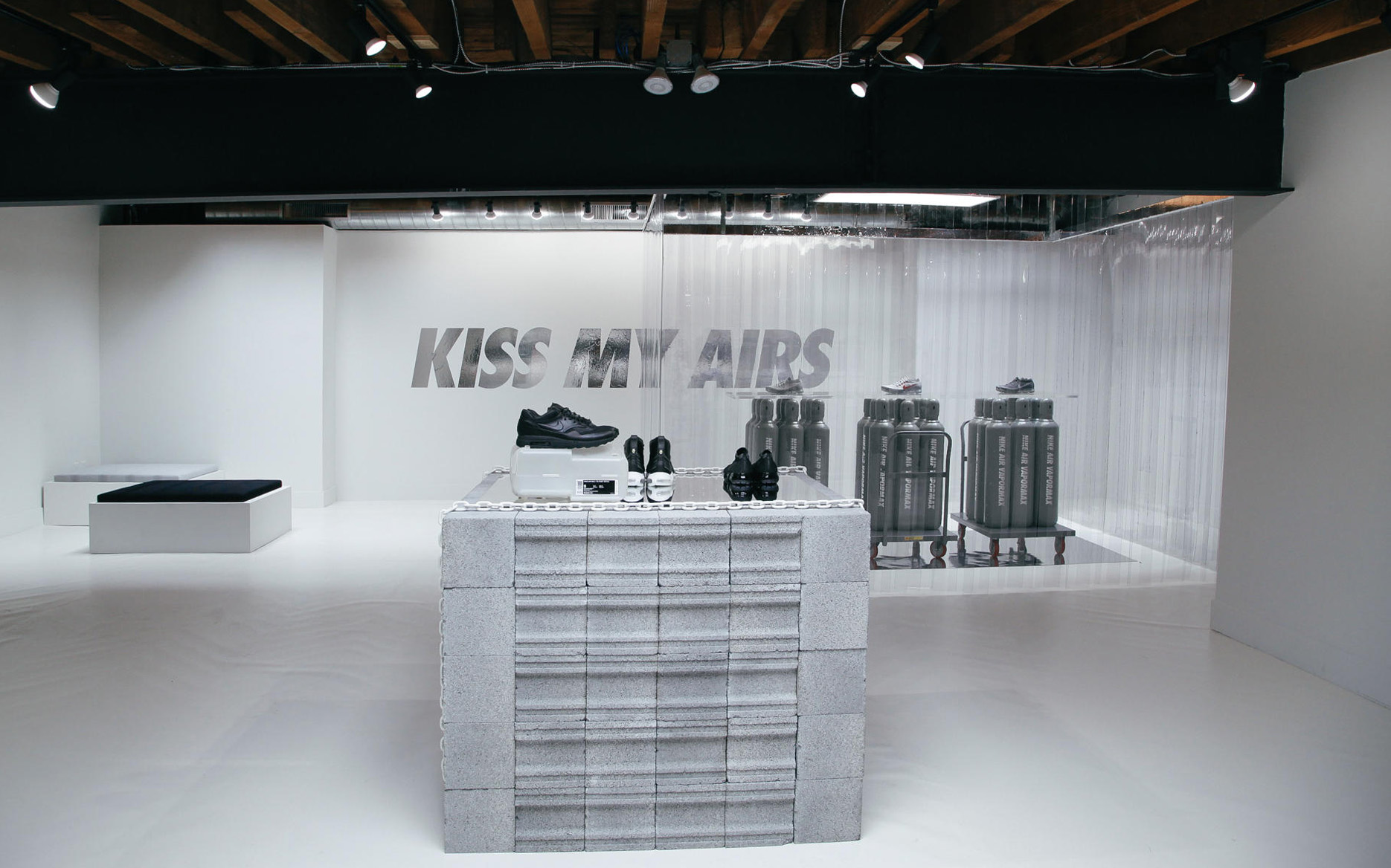 nike-new-york-city-sneakeasy-inside-look-26